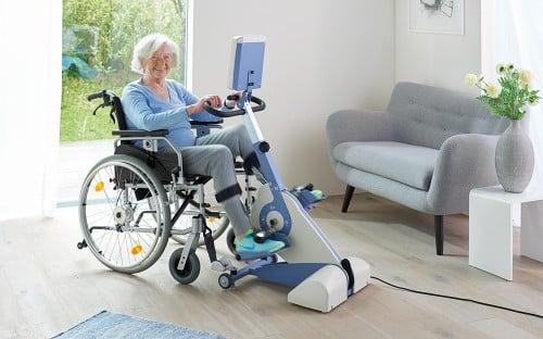 Bewegungstrainer-THERA-Trainer-tigo_Rollstuhl